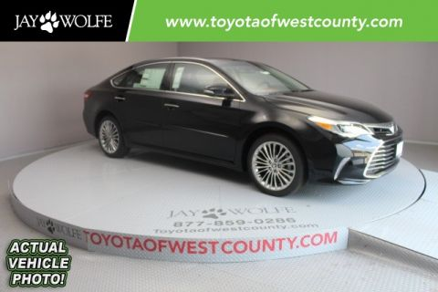 New 2018 Toyota Avalon Limited 4D Sedan With Navigation