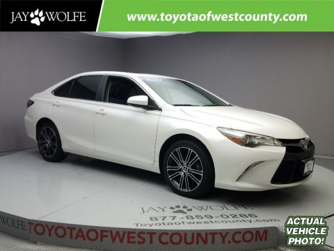Certified Pre-Owned 2016 TOYOTA Camry 4DR SDN I4 AUTO SE W/SPECIAL EDITION PKG