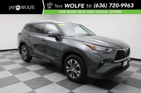 Pre-Owned 2020 Toyota Highlander XLE