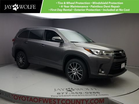 New 2018 TOYOTA HIGHLANDER SE V6 AWD